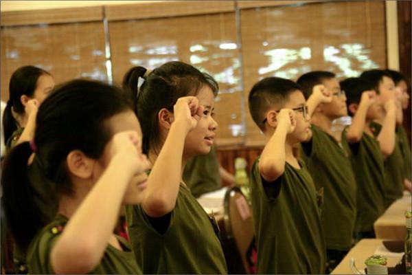 """广东景区推出的《少年领袖特训营》受到家长"""""""